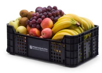 Frukt på jobbet i fruktkorgar och fruktlådor